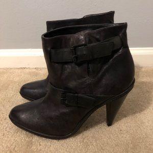 """Report Signature Black Leather Booties 4""""Heel Sz 9"""